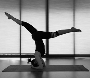 BW Headstand